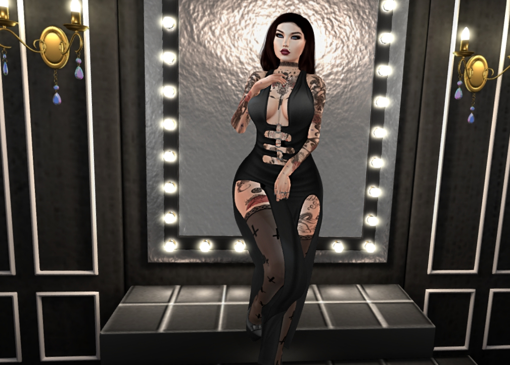 Designer's Circle - Outfit 3 - 01_001a